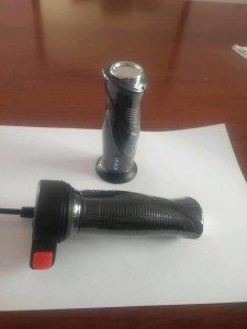 Tay ga nút đèn Yamaha N2